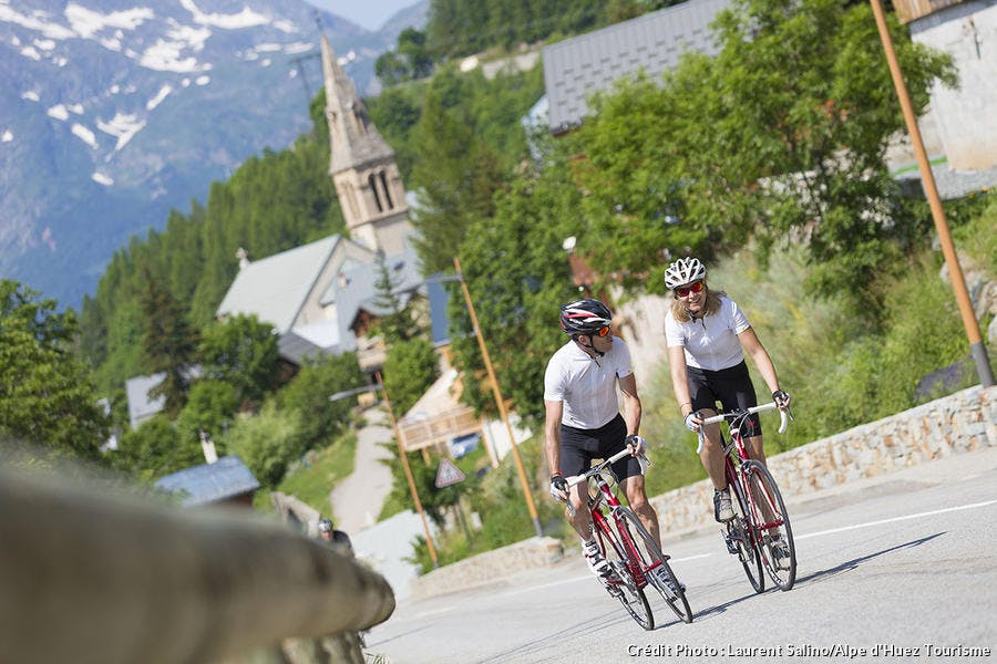 route alpe d'huez vélo