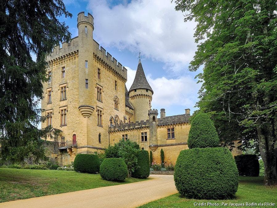 dordogne-chateau-de-puymartin.jpg