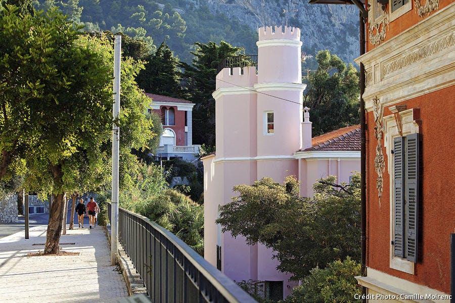La villa rose Chrisoleina