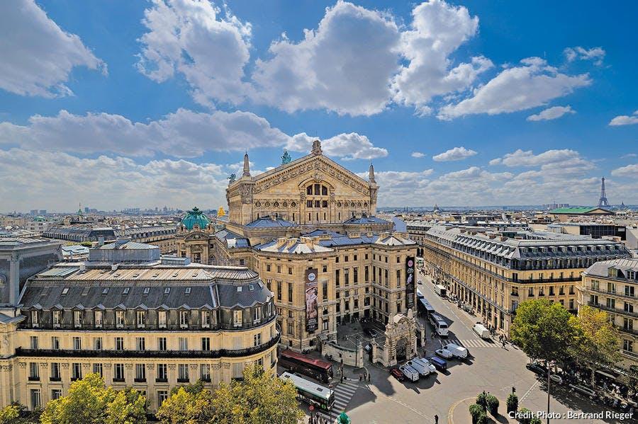 La palais Garnier vu depuis la place Diaghilev