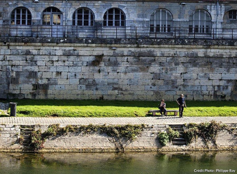 Quai Vauban à Besançon.