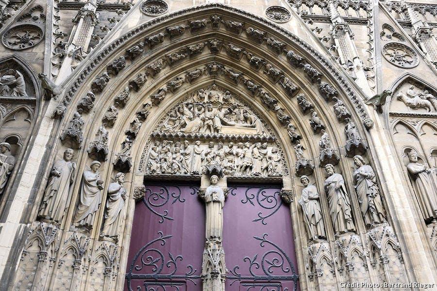 Portail sud de Notre-Dame de Paris