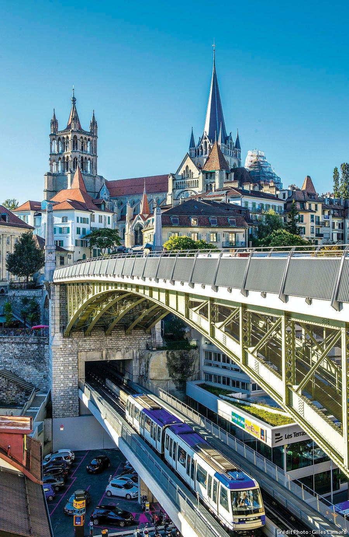 Le pont Bessière avec le passage de la ligne 2