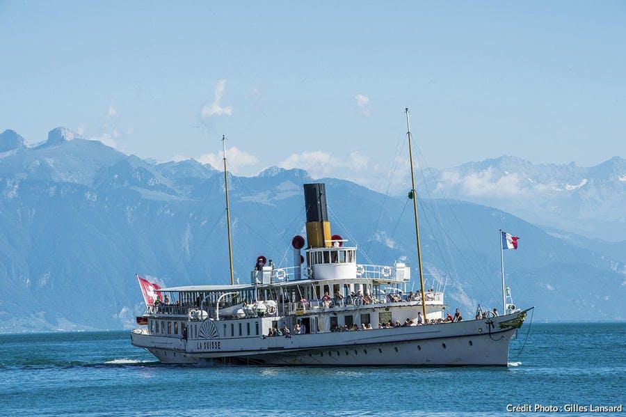 Le bateau à aubes, le Suisse