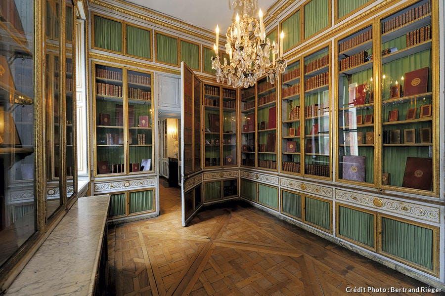 dt_hs-versailles-bibliotheque-br.jpg