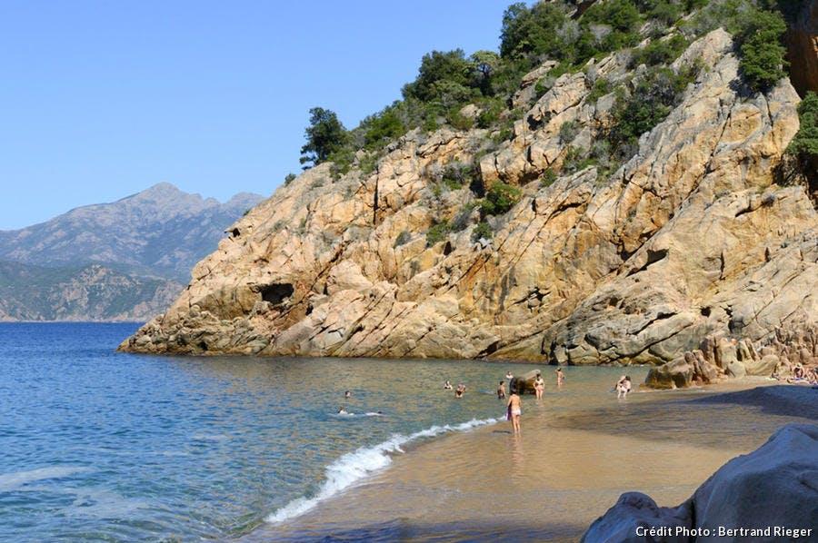 La plage de Ficajola, en Corse-du-Sud