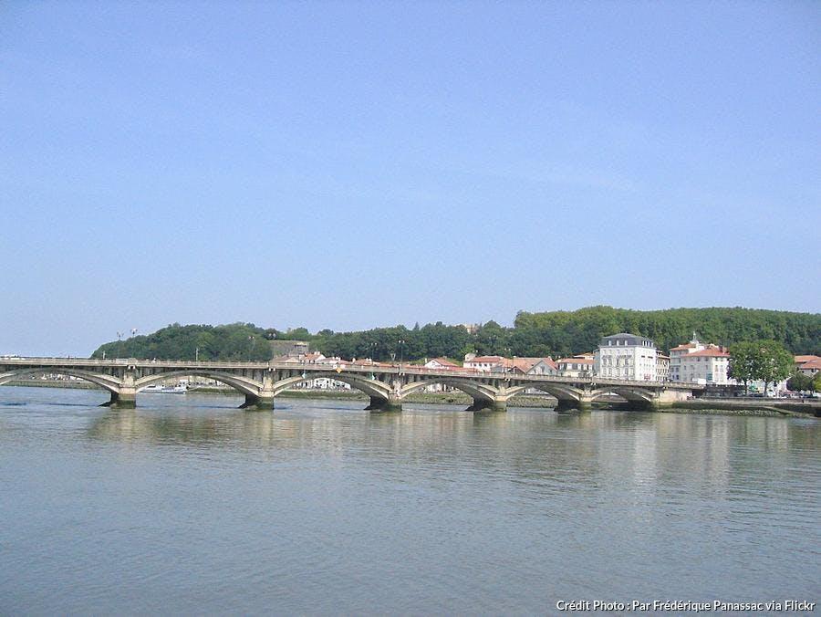 fleuve-l-adour-a-bayonne.jpg