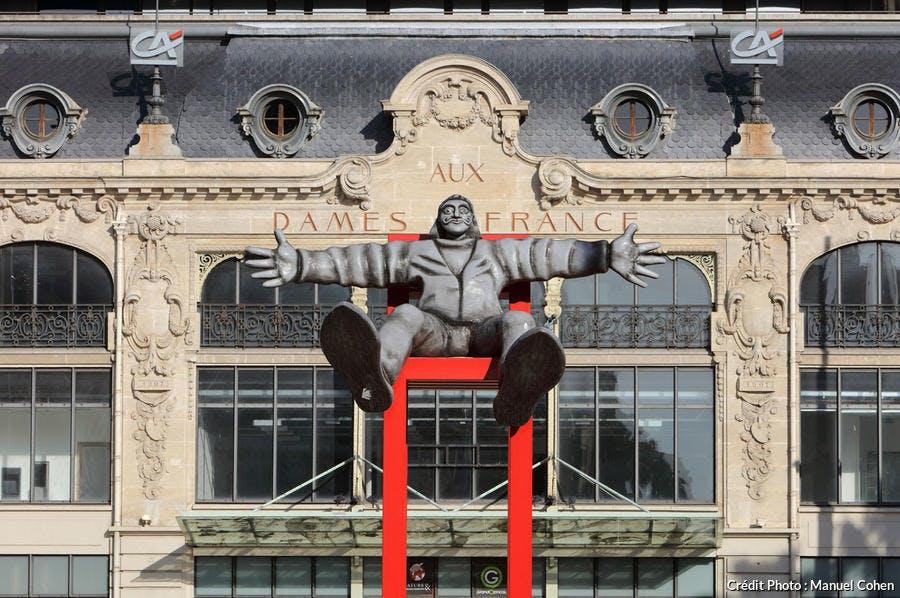 Statue de Dali devant la gare de Perpignan