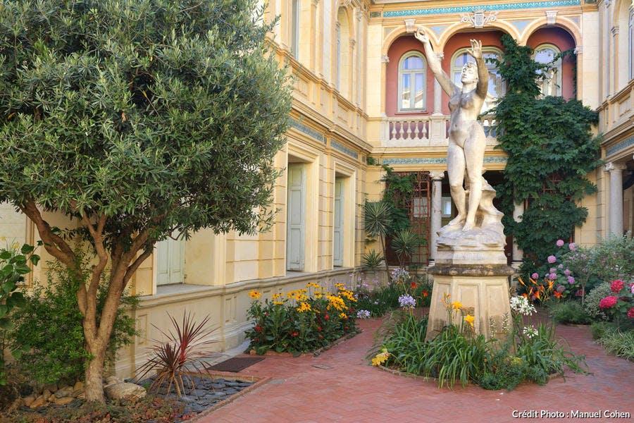 Cour intérieure de l'hôtel Pams, à Perpignan