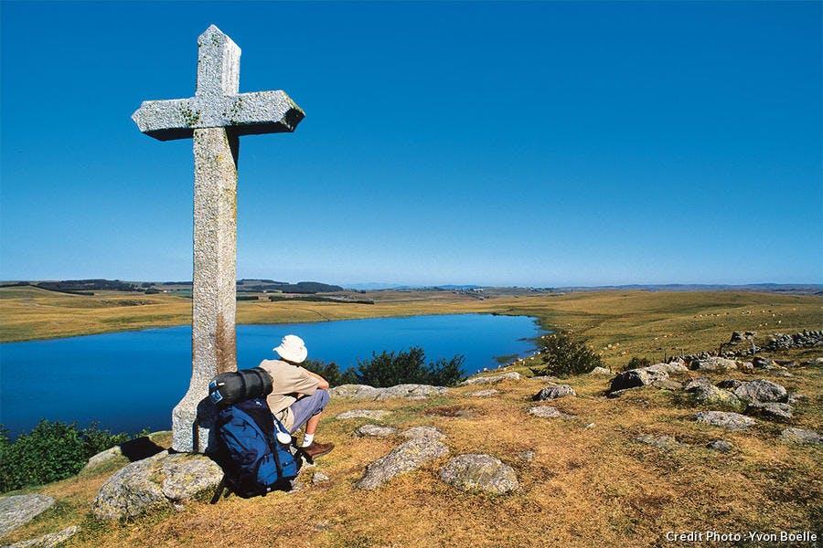 Le lac de Saint-Andéol près de Marchastel.