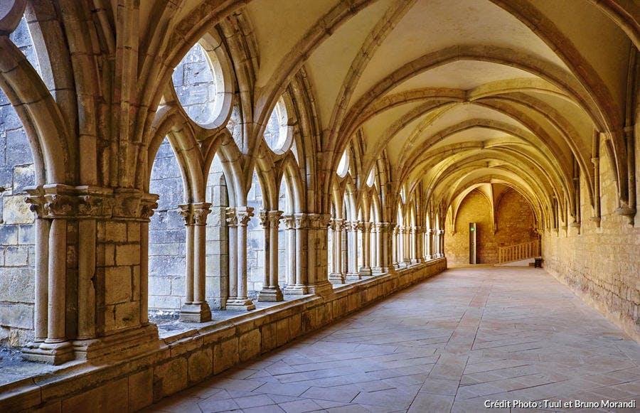L'abbaye de Noirlac, dans le Berry, sur la route Jacques Coeur