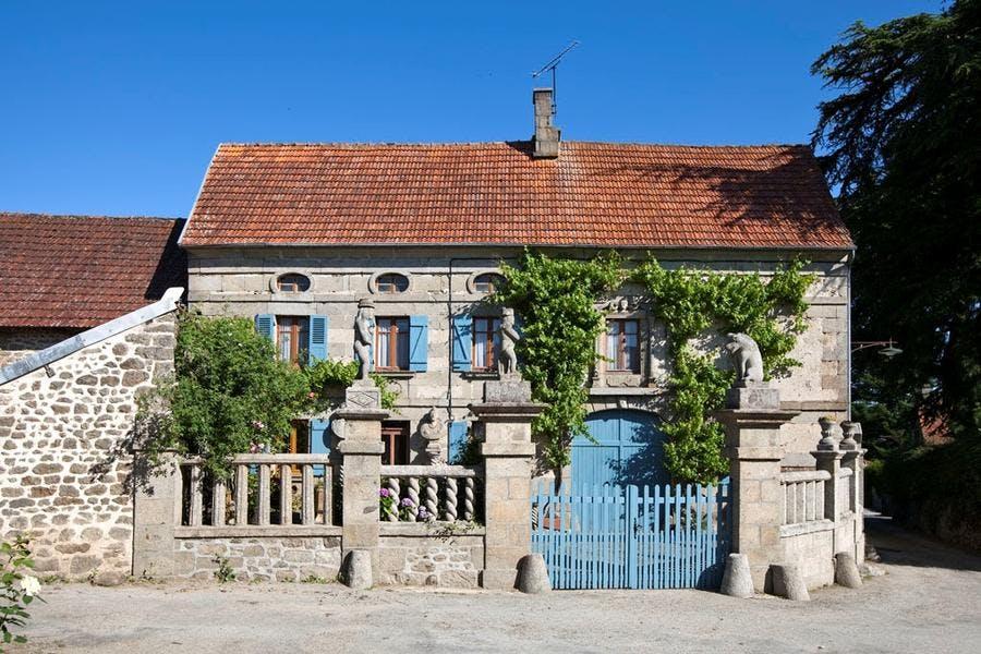 Maison en pierre du village de Masgot