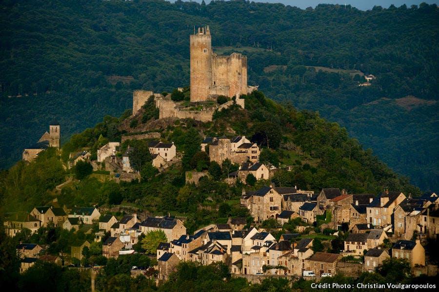 Najac, au-dessus des gorges de l'Aveyron