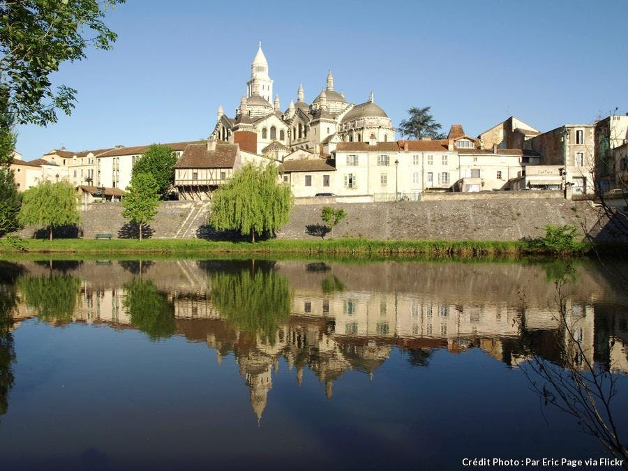 perigueux-cathedrale-saint-front.jpg