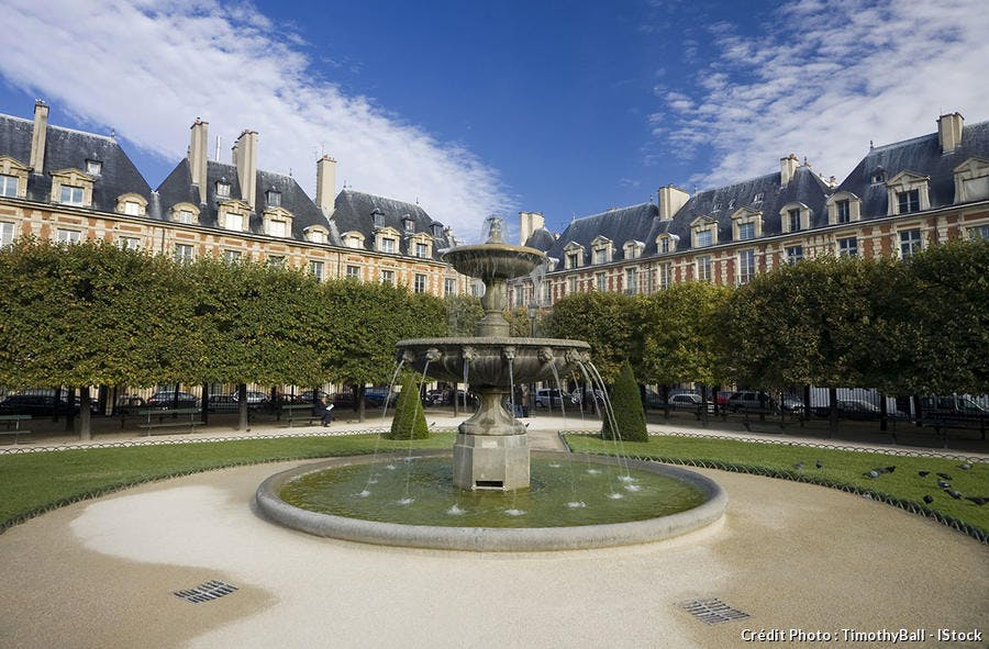 Place des Vosges à Paris