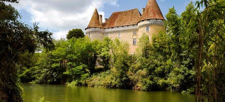 Château de Mauriac, dans le Périgord Blanc (Dordogne)
