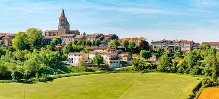 Village de Saint-Felix-Lauragais, en Haute-Garonne (Occitanie)