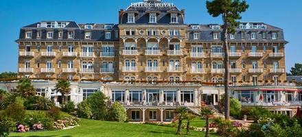 L'hôtel Royal Thalasso Barrière, à la Baule (Loire-Atlantique)