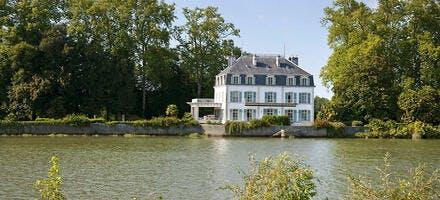 Le château du Bec du Gave, au bord de l'Adour (Landes)