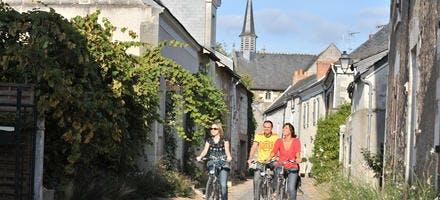 Béhuard à vélo