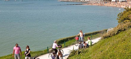 La Rochelle -piste cyclable en bord de mer