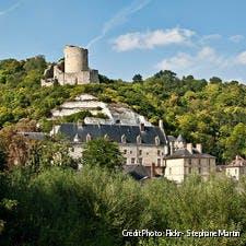 Panorama du village de la roche-guyon